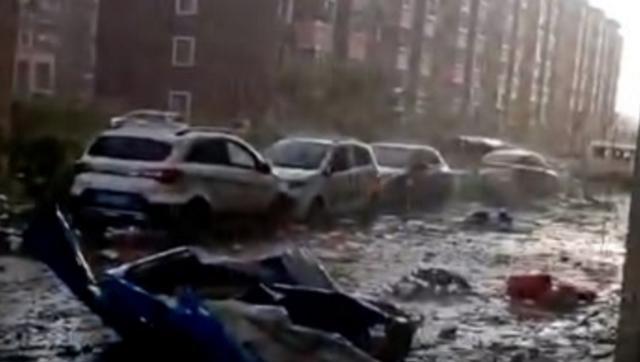 辽宁开原龙卷风致6死 狂风吹爆玻璃掀翻汽车