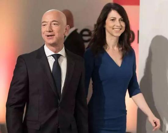 史上最貴離婚生效 世界首富貝佐斯前妻分走381億美元亞馬遜股票