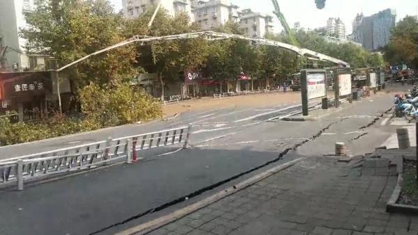 杭州地面坍塌原因 地铁施工渗漏水导致31幢楼变危房