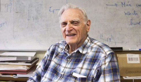 诺贝尔奖创纪录 97岁科学家成最高龄获奖者