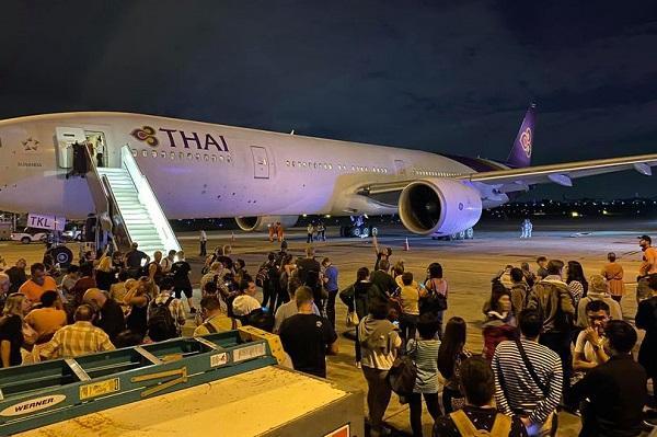 泰航起飞前爆炸声 吓坏机上399名乘客 还是波音的飞机